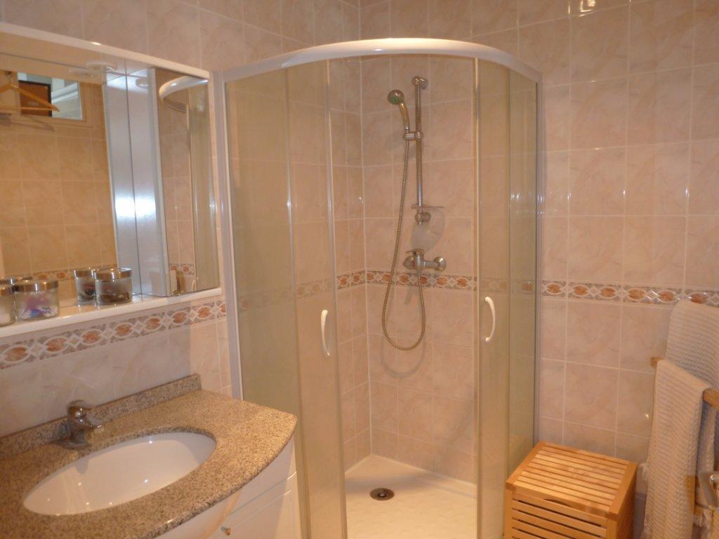 appartement t2 villeurbanne grandclement 38 3 m2 vendu immobilier villeurbanne agence. Black Bedroom Furniture Sets. Home Design Ideas
