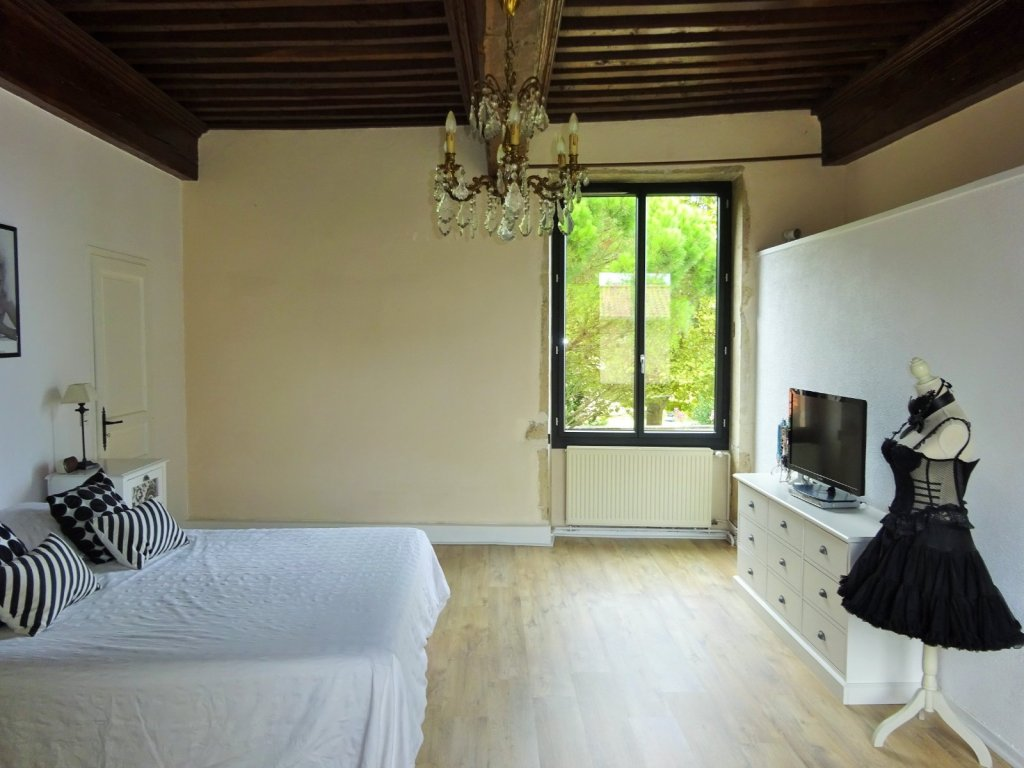Maison a vendre villefranche sur saone 284 m2 740000 for Linge de maison villefranche sur saone