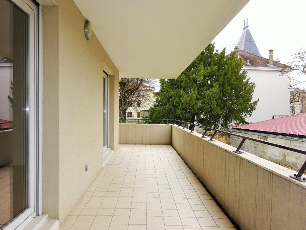 Appartement t4 a vendre villefranche sur saone 105 m2 - Garde meuble villefranche sur saone ...