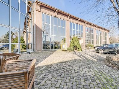 BUREAU A VENDRE - VILLEFRANCHE SUR SAONE - 171,89 m2 - RÉALISÉ