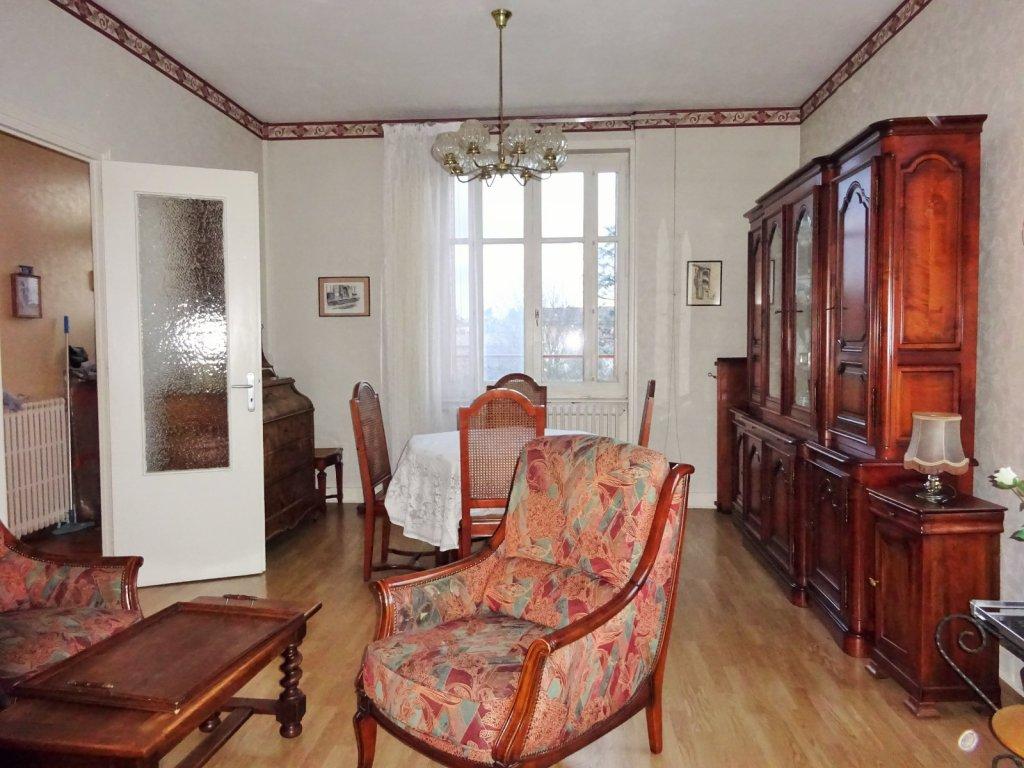 maison a vendre villefranche sur saone 150 m2 245000 immobilier villefranche sur saone. Black Bedroom Furniture Sets. Home Design Ideas