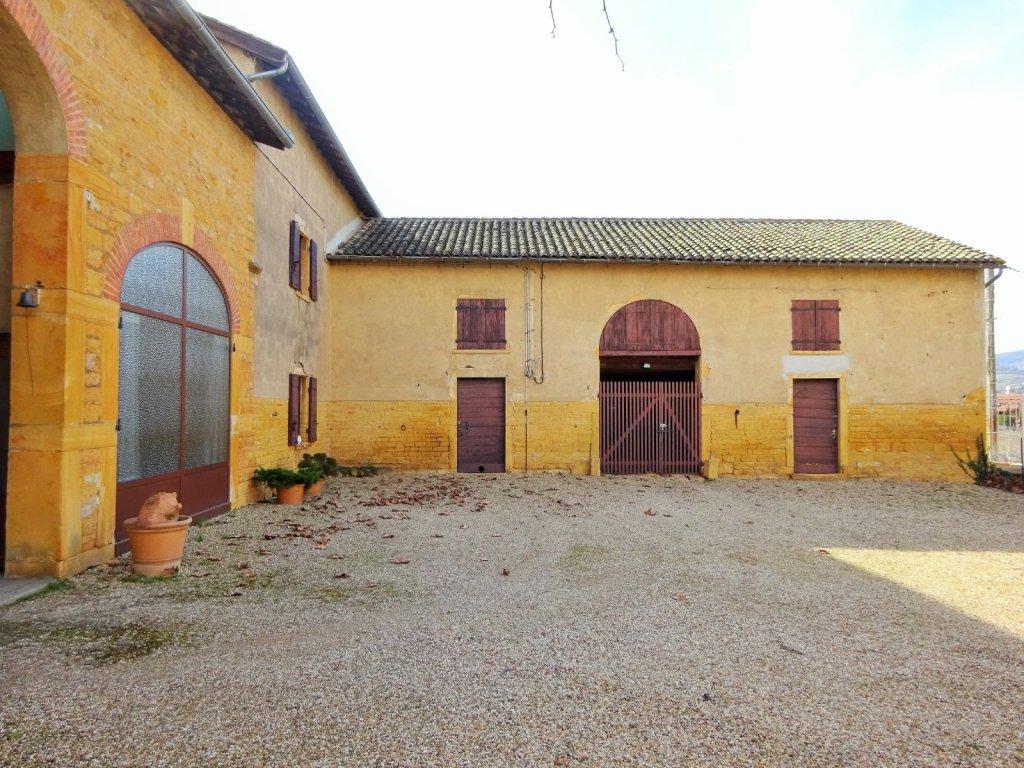 Propriete a vendre villefranche sur saone 252 88 m2 - Location garage villefranche sur saone ...