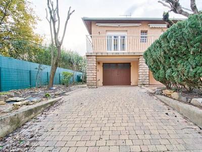 MAISON A VENDRE - VILLEFRANCHE SUR SAONE - 135 m2 - 355000 €
