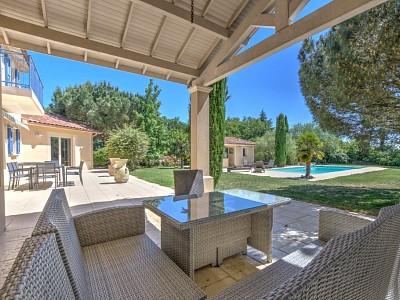 VILLA A VENDRE - DARDILLY - 280 m2 - 1350000 €