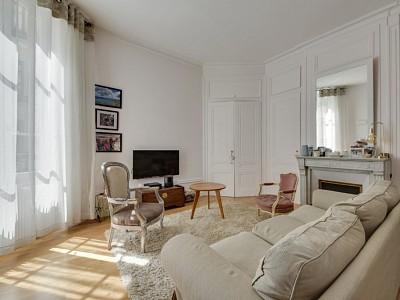 T3 de  70.45 m² - Lyon 1 A VENDRE - LYON 1ER ARRONDISSEMENT - 70,45 m2 - 499000 €