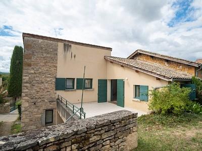 MAISON A LOUER - POMMIERS - 95,67 m2 - 1300 € charges comprises par mois