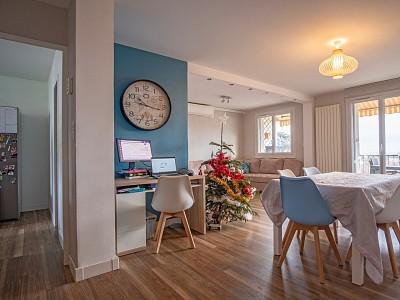 Appartement 91,42 m² avec balcon et garage double - ST GENIS LAVAL - 91,42 m2 - VENDU
