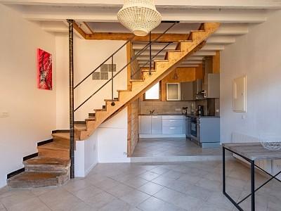 MAISON A VENDRE - JARNIOUX - 89 m2 - 185000 €