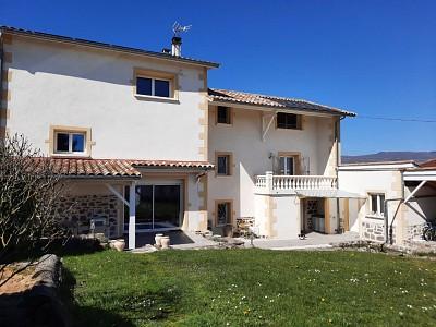 MAISON A VENDRE - ARNAS - 210 m2 - 610000 €