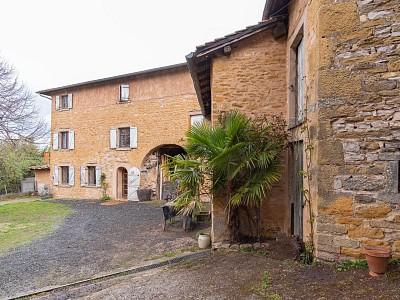 MAISON A VENDRE - LISSIEU - 154 m2 - 730000 €