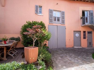 MAISON A VENDRE - ANSE - 190 m2 - 480000 €
