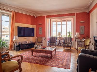 APPARTEMENT T6 A VENDRE - VILLEFRANCHE SUR SAONE - 195 m2 - 350000 €
