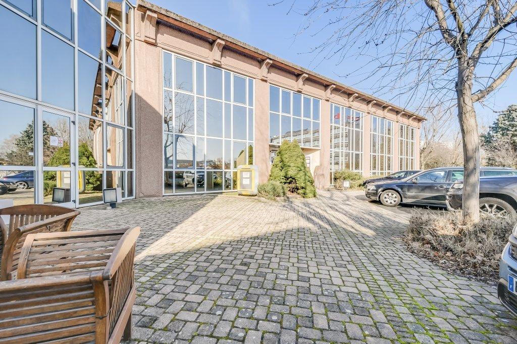 BUREAU A VENDRE - VILLEFRANCHE SUR SAONE - 52,77 m2 - 55000 €
