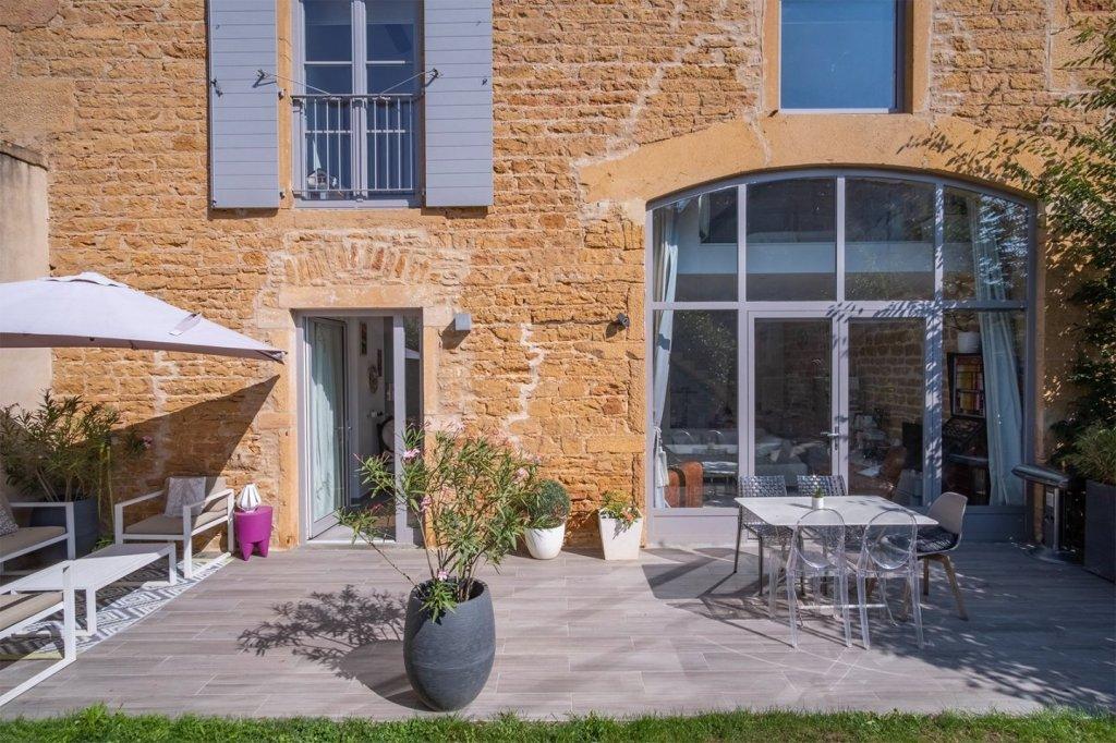 LOFT A VENDRE - JARNIOUX BOIS FRANC - 116,75 m2 - 420000 €