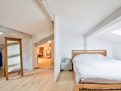 MAISON A VENDRE - ANSE - 230 m2 - 552000 €