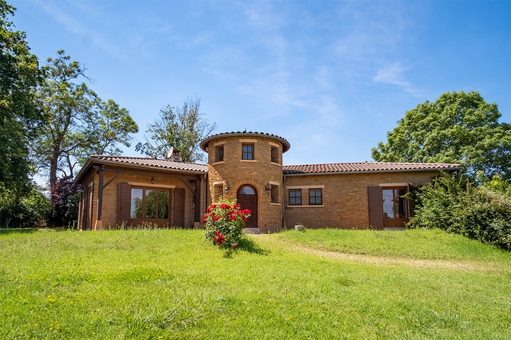 MAISON A VENDRE - ARNAS - 160 m2 - 595000 €