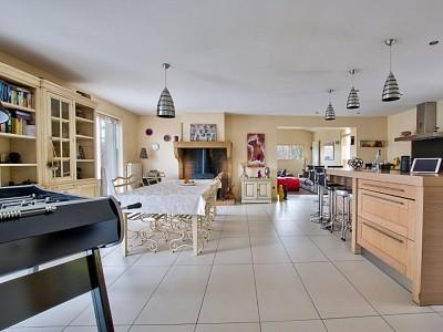 MAISON A VENDRE - POMMIERS - 165 m2 - 680000 €