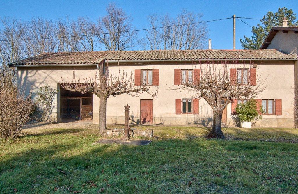 Maison à rénover A VENDRE - ST GEORGES DE RENEINS - 150 m2 - 235000 €