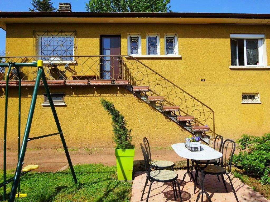 maison villefranche sur saone 100 m2 vendu immobilier villefranche sur saone agence. Black Bedroom Furniture Sets. Home Design Ideas