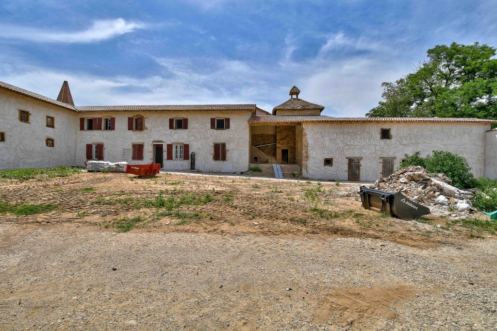 MAISON A VENDRE - VILLEFRANCHE SUR SAONE - 220 m2 - 400000 €