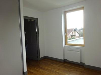 MAISON A LOUER - LIMAS - 75,7 m2 - 850 € charges comprises par mois