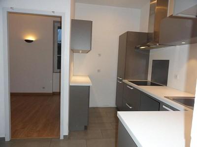 APPARTEMENT T3 A VENDRE - VILLEFRANCHE SUR SAONE - 77,69 m2 - 175000 €