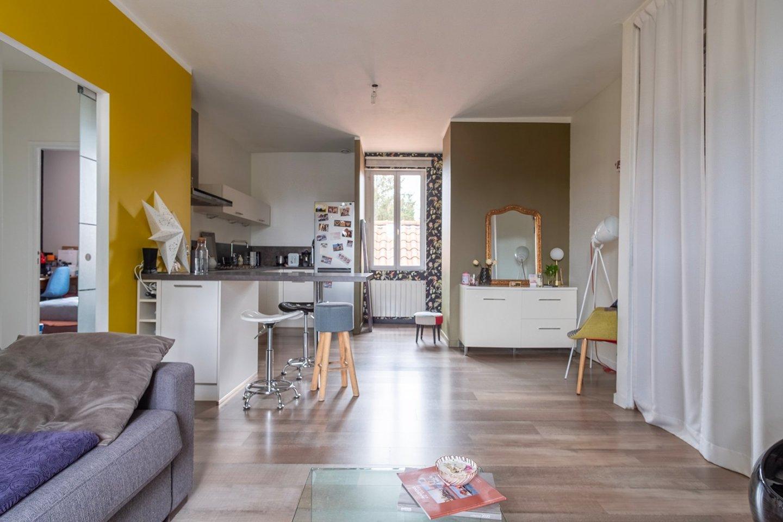 APPARTEMENT T3 A VENDRE - VILLEFRANCHE SUR SAONE - 57,16 m2 - 150000 €