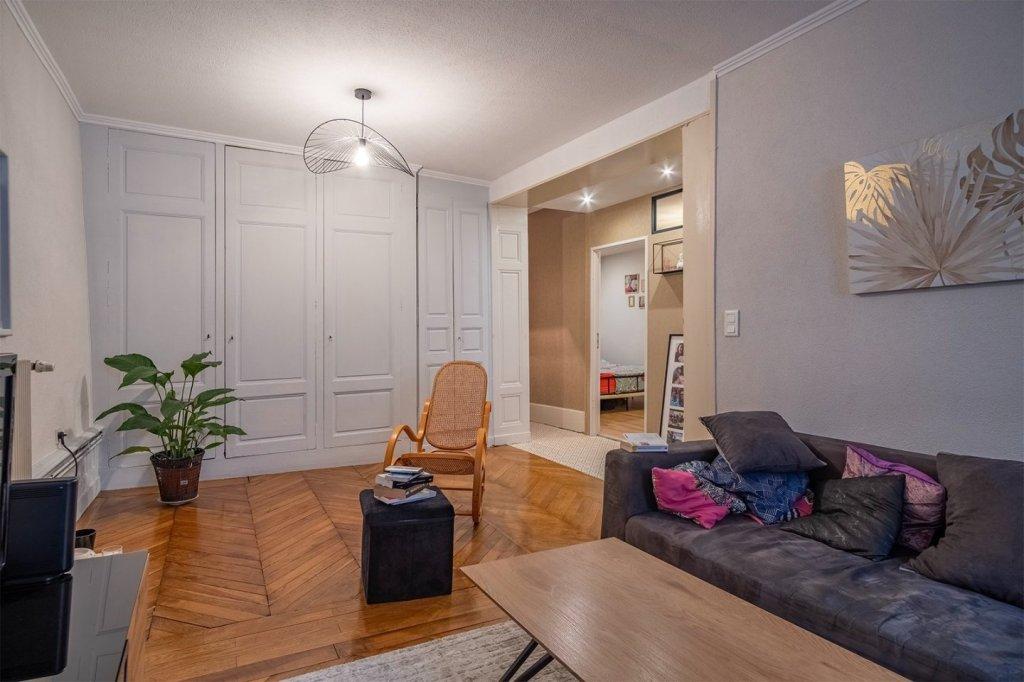 APPARTEMENT T3 A VENDRE - VILLEFRANCHE SUR SAONE - 114 m2 - 215000 €