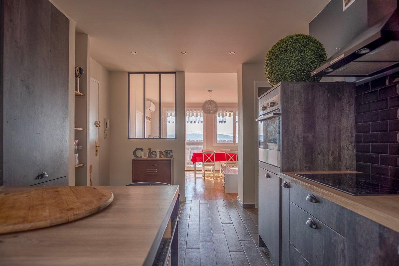 APPARTEMENT T4 A VENDRE - JASSANS RIOTTIER - 82 m2 - 205000 €