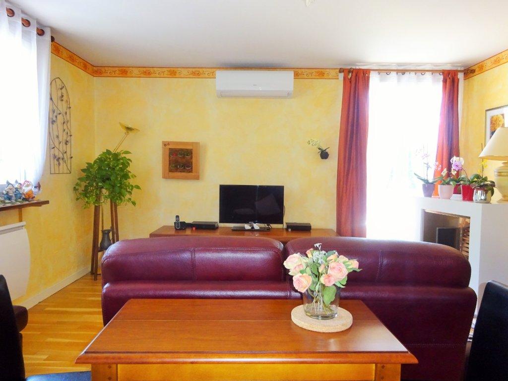 appartement t4 a vendre villefranche sur saone 92 74 m2 289 000 immobilier. Black Bedroom Furniture Sets. Home Design Ideas