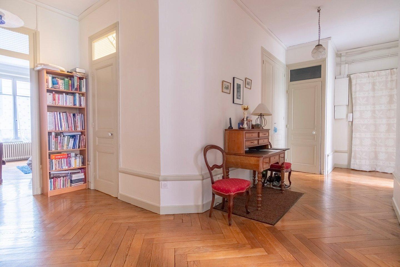 Appartement 120 m² - 3 chambres + alcôve - LYON 6EME ARRONDISSEMENT - 120,77 m2 - 695000 €