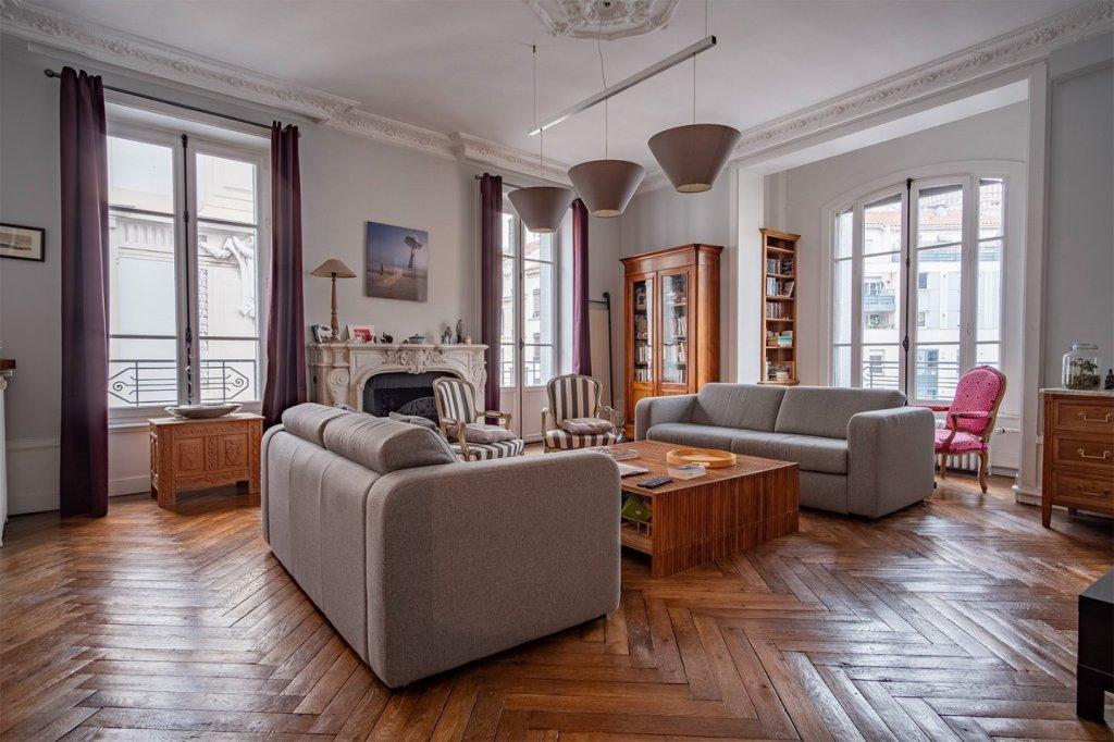 Appartement T6 A VENDRE - LYON 6EME ARRONDISSEMENT - 176,33 m2 - 1�0�0 €