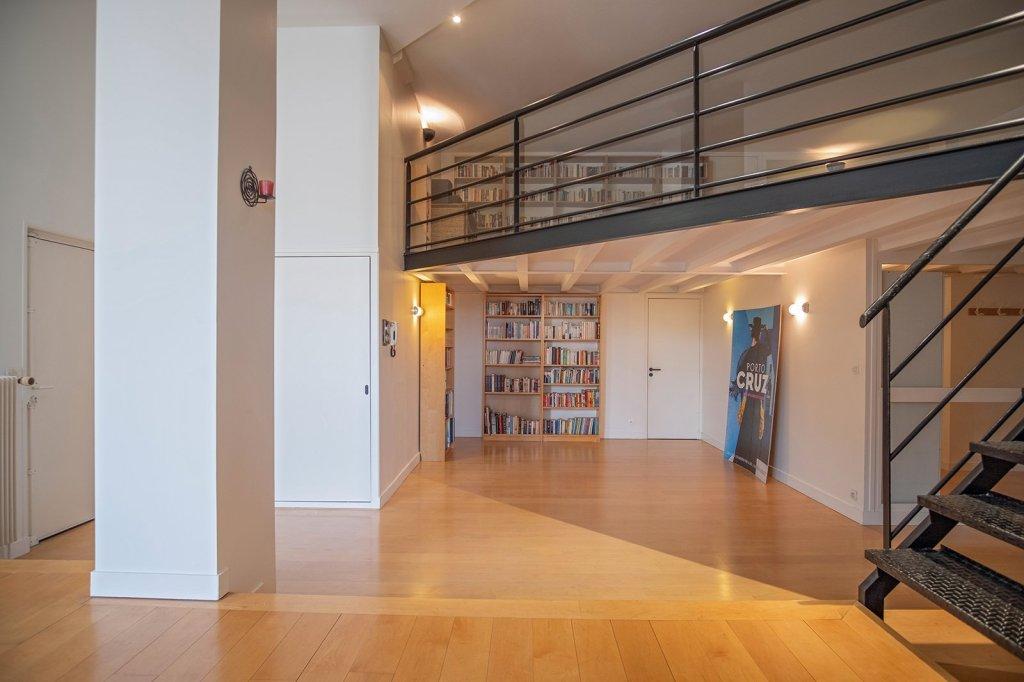 APPARTEMENT T6 A VENDRE - VILLEFRANCHE SUR SAONE - 216 m2 - 349000 €
